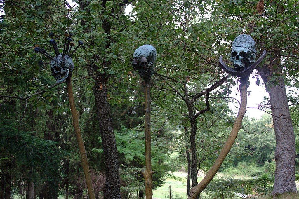 Il giardino di daniel spoerri hic terminus haeret - Giardino di daniel spoerri ...